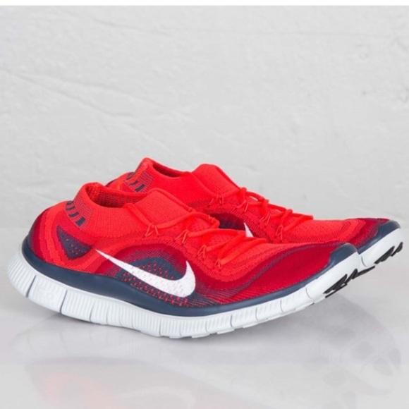 ddb5db98b479 Nike Free Flyknit Mens Running Shoes Red. M 5a664fd8a4c485decc1ddb87